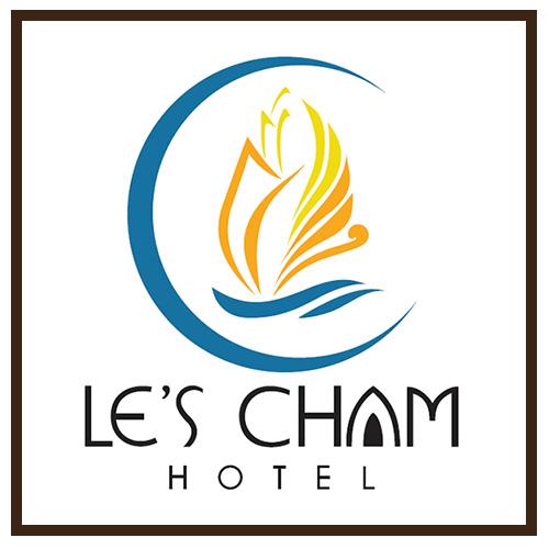 Thi-cong-bang-hieu-quang-cao-le's-cham-hotel